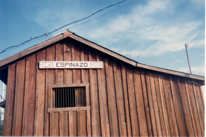 Espinazo railroad station