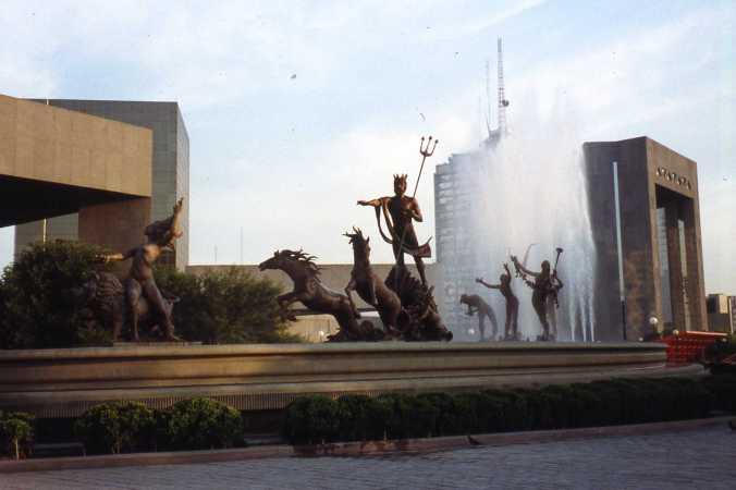 1991 06 Monterrey Mexico 007